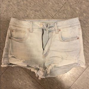 Hi rise shorts
